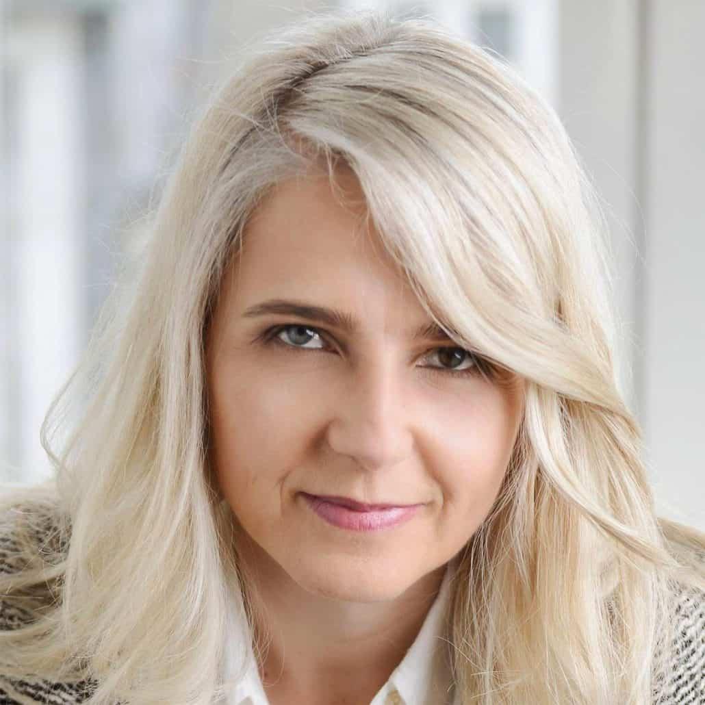 Marina Frost Andersen, Psykoterapeut behandler depression, stress og traumer